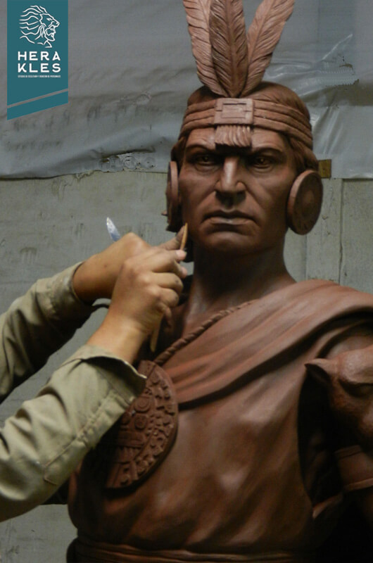 Estatua Inca Pachacutec Herakles Estudio de Escultura