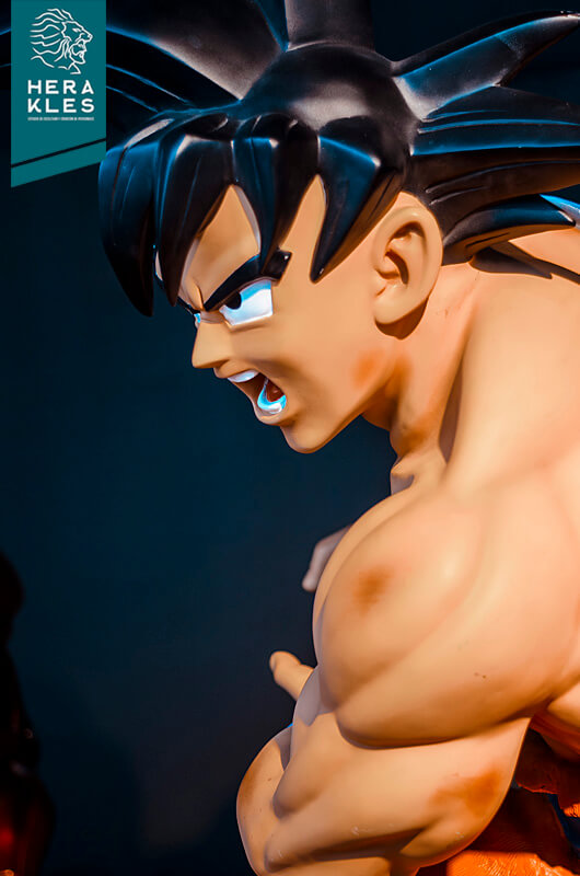 Goku - Dragon Ball Sculpture - Herakles Estudio