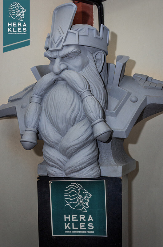 Magni Bronzebeard - World of warcraft sculpture - Herakles Estudio
