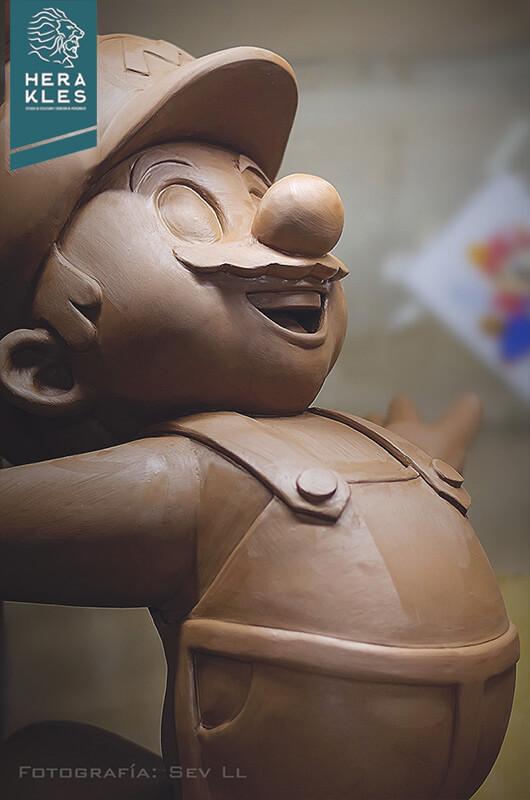 Mario Bros sculpture statue Herakles Estudio